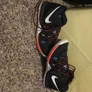 Nike Kyrie friends shoes